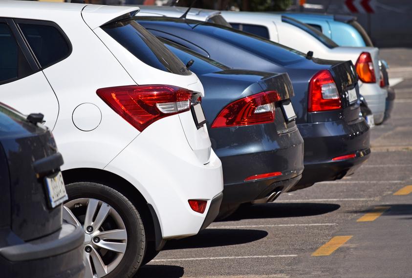 parking coches aeropuerto estacion de tren