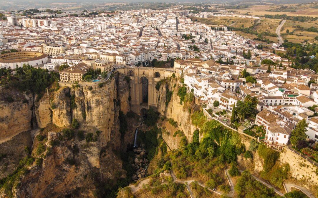 Andalucía se prepara para recibir turistas - Marbenjoparking.com